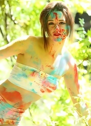 Hayden Teases As She Is All Painted Up - Picture 1