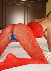 Hayden Teases In Her Crotchless Red Mesh - Picture 11